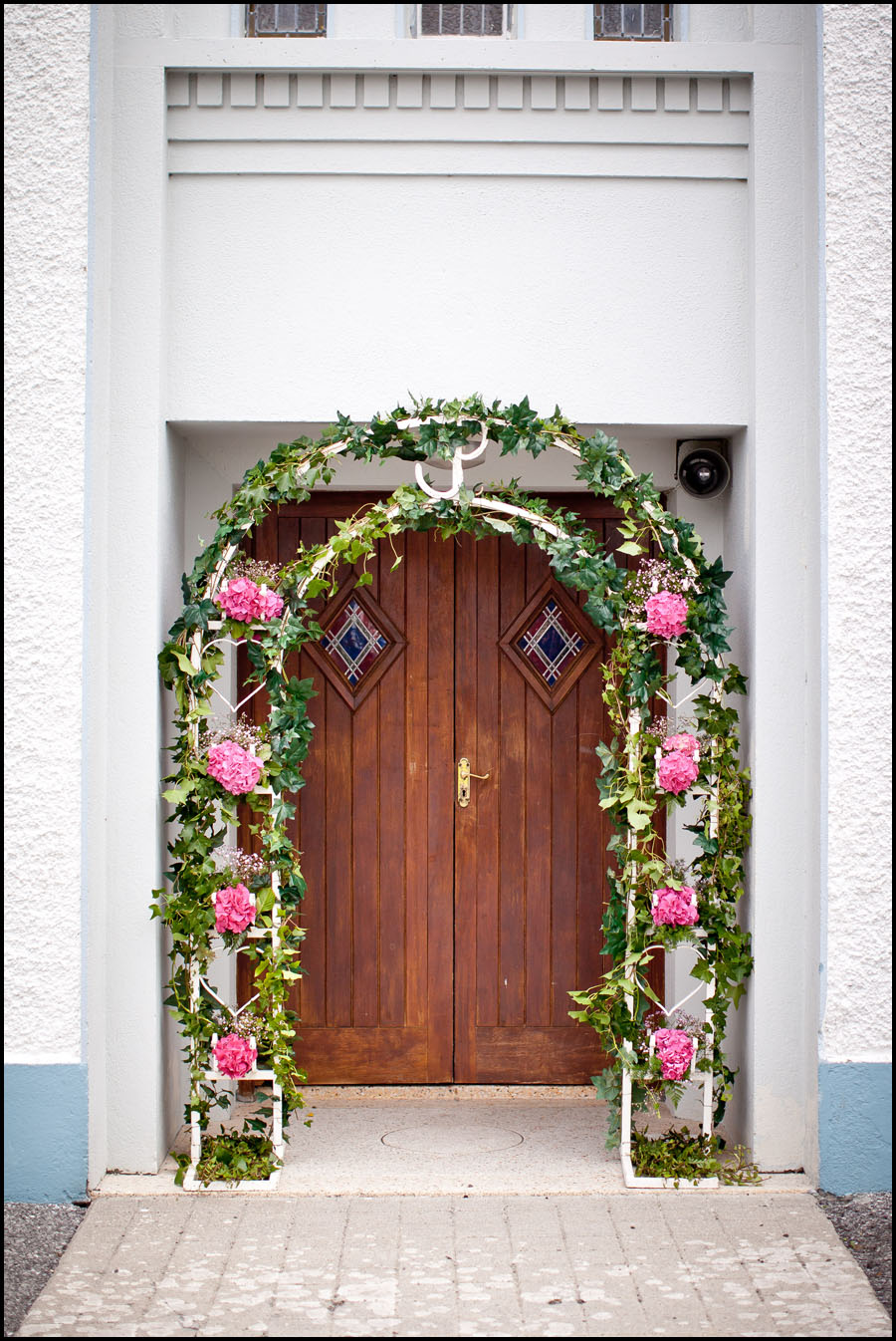 The flowers at the door