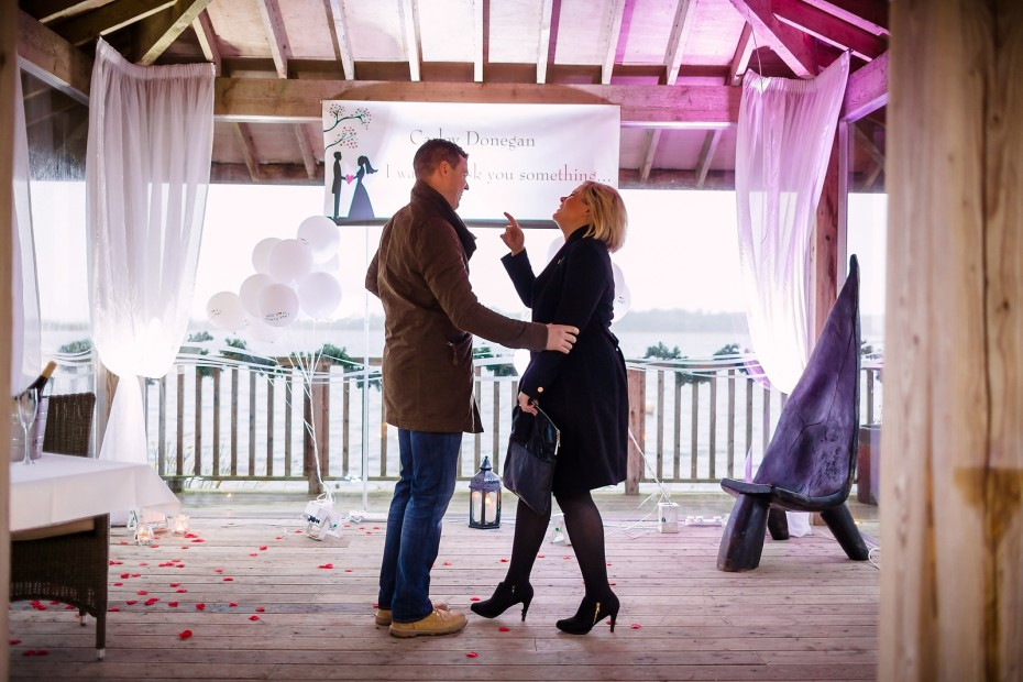 Proposal_Surprise_at_Wineport_lodge-0005