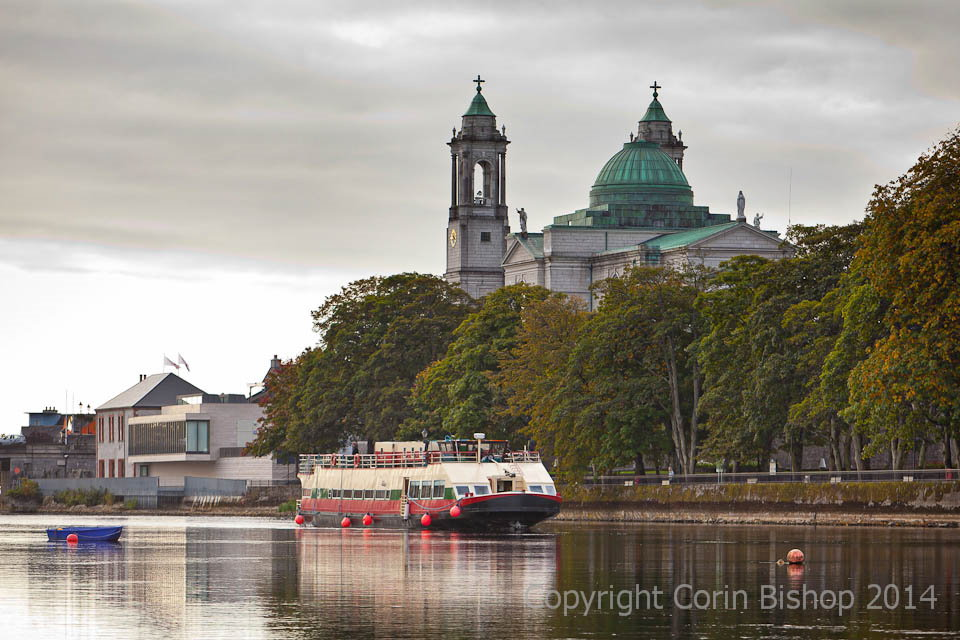 The Shannon Princess passing St. Peters Athlone