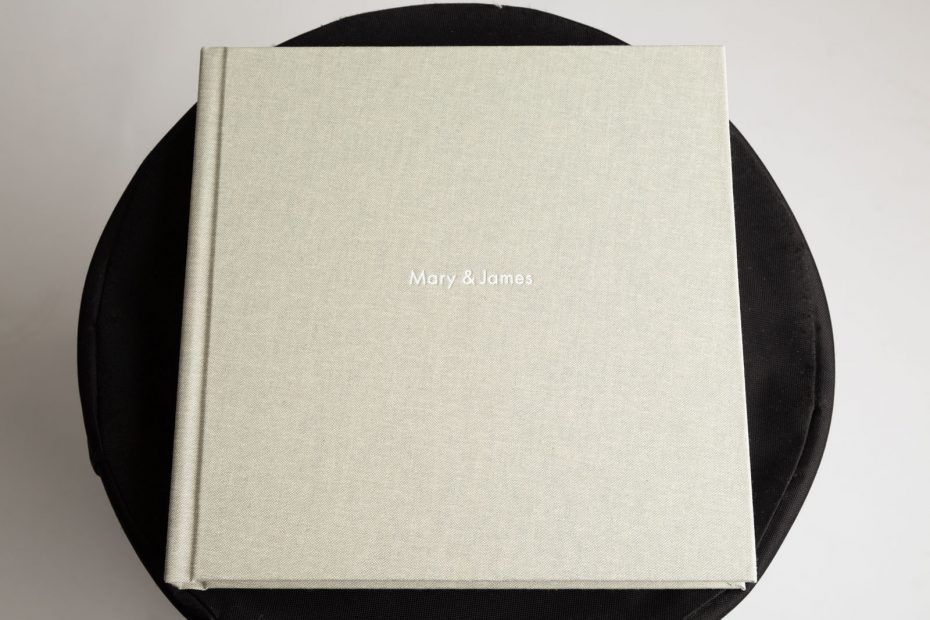 QtAlbums - Fantastic cover finish with embossing.